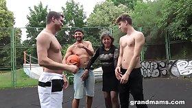 Mature nympho Agatha seduces three guys on dramatize expunge basketball court
