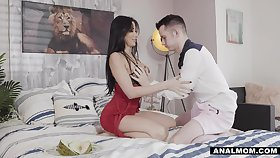 Mylf grid stepson cheered up by anal queen clea
