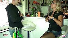 Big Pair German Mom Pay The Window-pane Cleaner with Sex