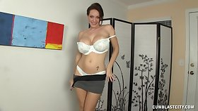 Unfavourable mature loves to pleasure her younger neighbor's penis