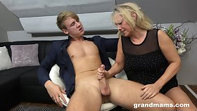 Hot rent boy bangs sex-starved superannuated latitudinarian Marta and cums in the brush mouth
