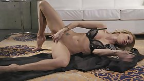Hot MILF Jessica Drake slithers on the floor during sexy decry solo